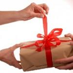 Какие подарки нельзя дарить? Приметы
